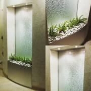 Декоративные водопады по стеклу